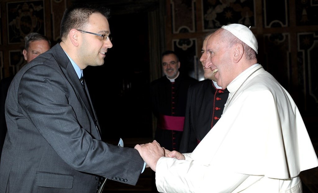Jeff Lockert with Pope Francis 2
